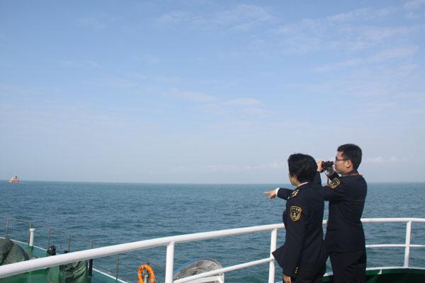 海口海事局开展春运前琼州海峡通航环境巡查整治专项