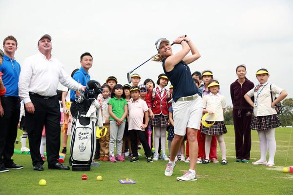 2015世界女子高尔夫锦标赛参赛职业球手为海南学生球