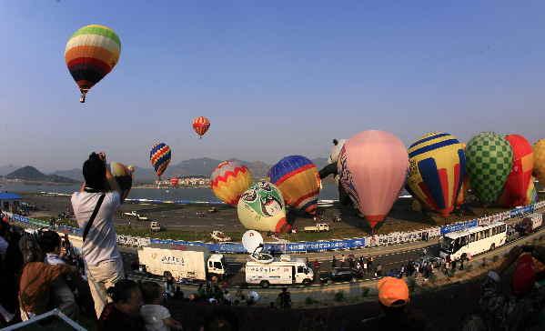 2015中国国际航空体育节9月在山东莱芜举行