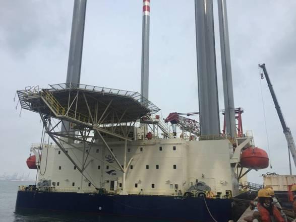 青岛海西重机又一90米自升式海工平台起运中东