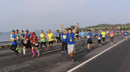 数千跑友竞逐长山群岛马拉松