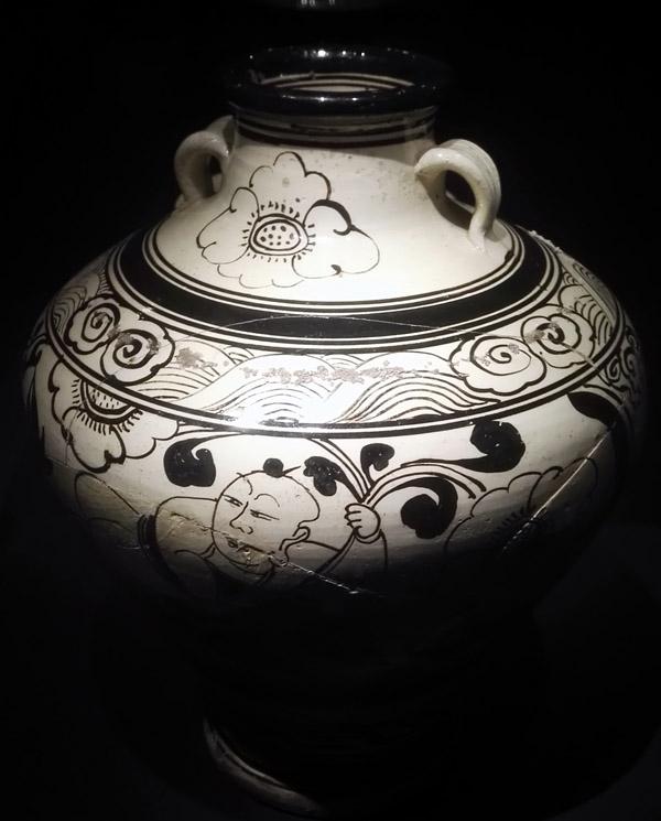 山东博物馆举办《耀州窑陶瓷历代精品展》q11-3*1300图片