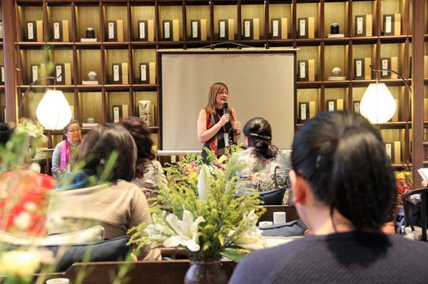 尼山世界女性论坛成功举办 通过《世界女性尼山共识》