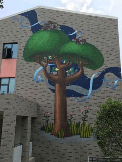 所展现的参天大树