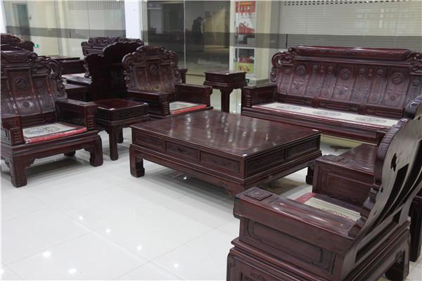 40余家东阳红木家具厂商来筑举办展销会